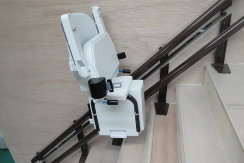 03 昇降椅子模型