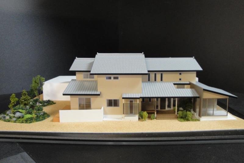 17 住宅模型_カラー