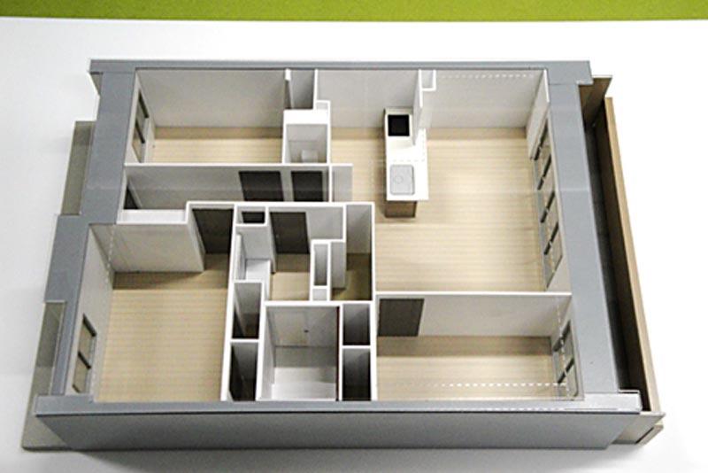 32 マンションプラン模型