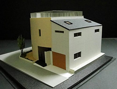 34 住宅模型_カラー
